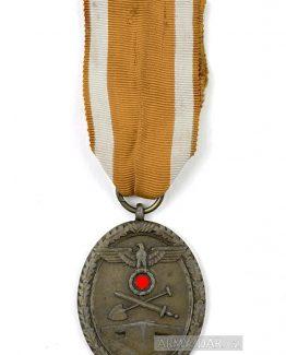 val.medaile.1